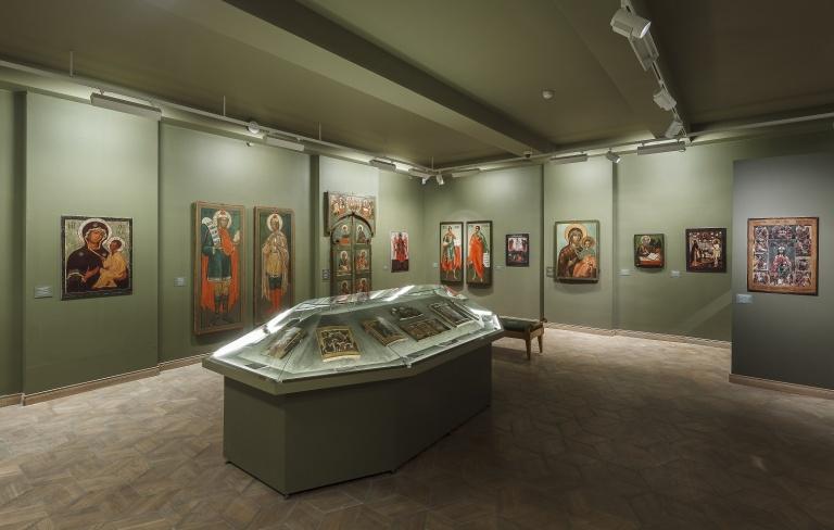 С 30 ноября в связи с монтажом выставки закрыты залы 9 и 10