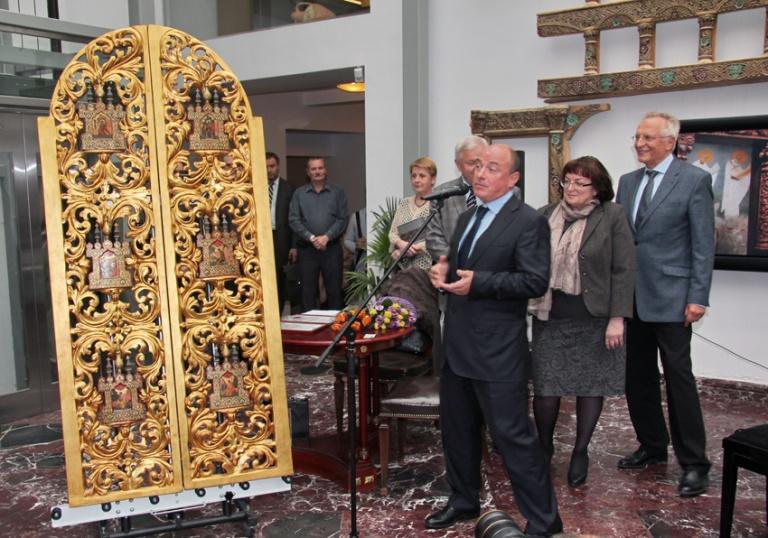 Возвращение шести киотцев от Царских врат Государственному музею-заповеднику «Ростовский кремль»