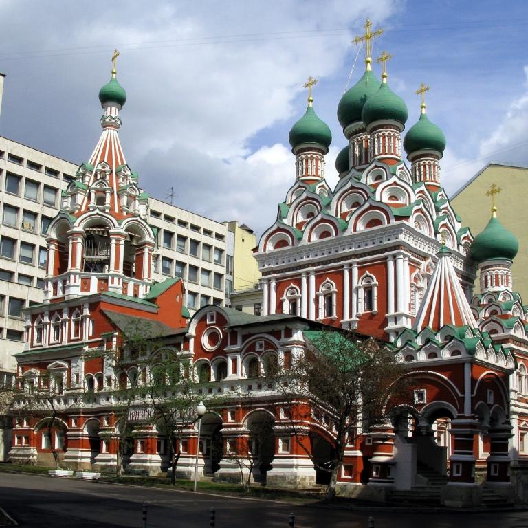 Этапы русского зодчества XVII века