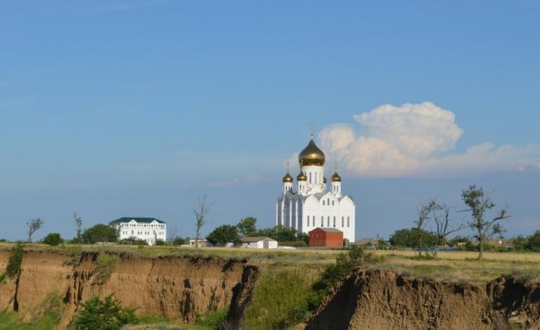 Помощь школе-пансионату при подворье Патриарха Московского и всея Руси в Краснодарском крае